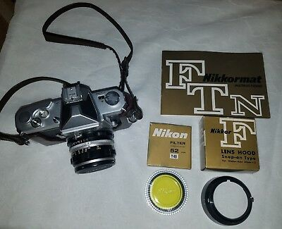 Nikon Nikkormat camera With Accessories