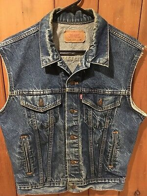 Vintage Men's Size 38 Small Levi's 70506 - 0216 Denim Jean 1980's Vest Jacket