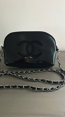 CHANEL VIP GIFT Black Patent Cross Bag -  173.50  c1fa64606faf9