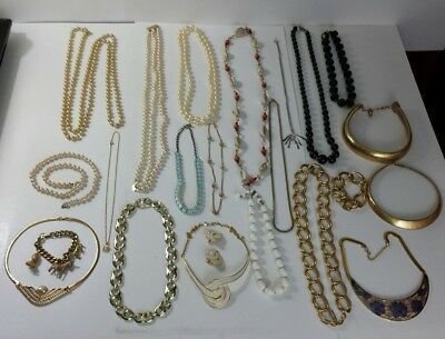 Large Lot of Vintage Costume Jewelry Rare Beautiful Pearls Necklaces Bracelets