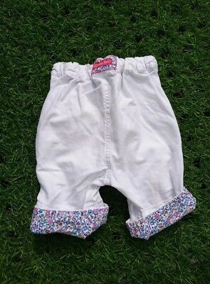 Jojo Maman Bebe, girls twill clamdiggers cropped trousers. 6-12 months, white