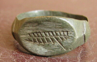 Ancient Artifact > Medieval Bronze Finger Ring SZ: 8 1/2 US 18.5 mm L50