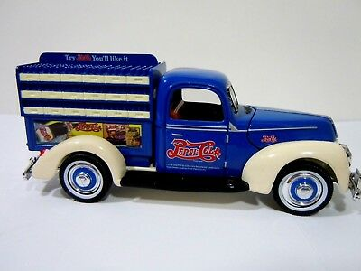 Golden Wheel Diecast 1940 Ford PEPSI Delivery Truck 1/64