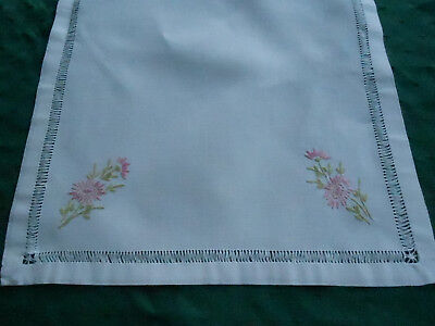 Beautiful Linen Runner White With Hand Embroidered Pink Daisy Flowers, Cir.1930
