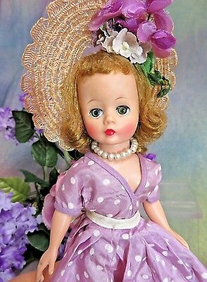 VINTAGE 1950s Madame Alexander CISSETTE DOLL lavender TAFFETA dress HIGH COLOR