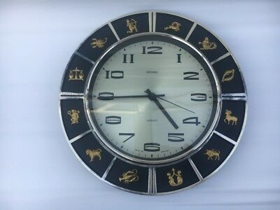 Vintage  Metamec Zodiac Wall Clock - battery powered good working condition