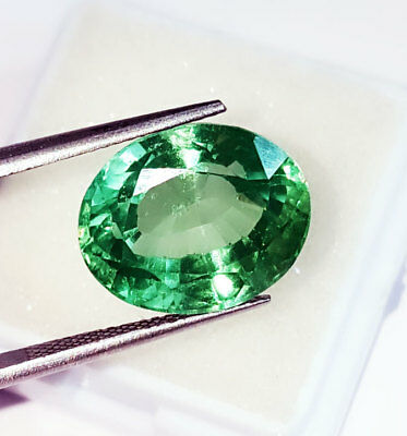 Loose Gemstone Oval Shape 12.97 Ct Lab Created Brazilian Emerald