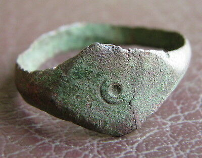 Ancient Artifact > Byzantine Bronze Finger Ring SZ: 10 US 19.75 mm L60