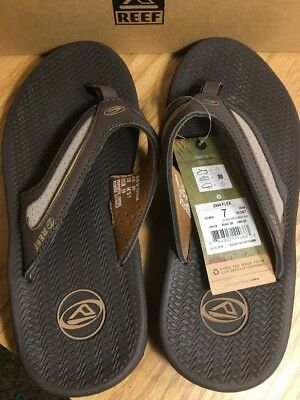 34d6ec241e4 Reef Men s 2444 Flex Brown Flip Flop Outdoor Sandal Size 7 New With Tags in  Box