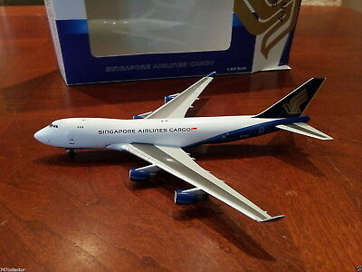 Apollo Singapore Airlines B 747-412FSCD 1:400 A13011 1990s Great wall hyb 9V-SFE