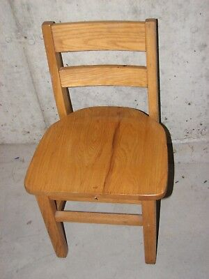 """Two Vintage Solid Oak Child's Primary School Classroom Library Chairs 14"""" Seat"""