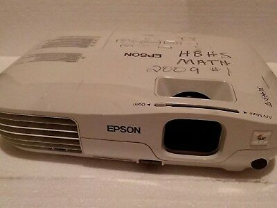Epson EX31 LCD Multimedia Projector H309A, w/536 hours used