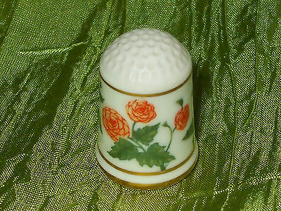 Fingerhut Thimble  1978 Franklin Mint Begonie