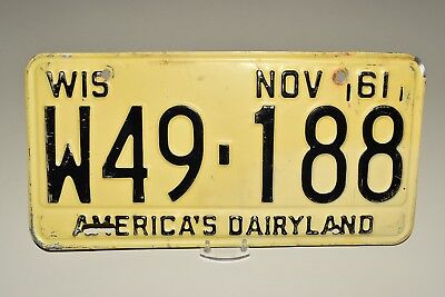 Fine, Authentic 1961, 61 WISCONSIN WIS WI License Plate, Tag W49-188