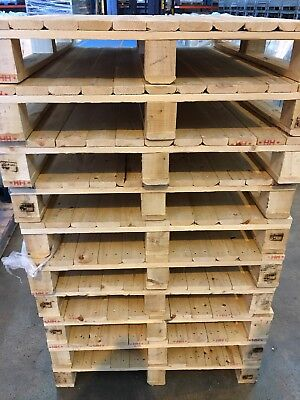 Wooden Pallet Or Plastic Heavy Pallets
