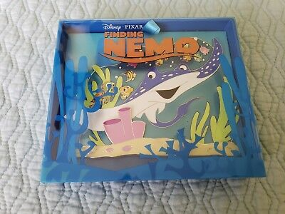 Disney PIXAR Finding Nemo Celebrating 15 years LE 1000 Jumbo Pin