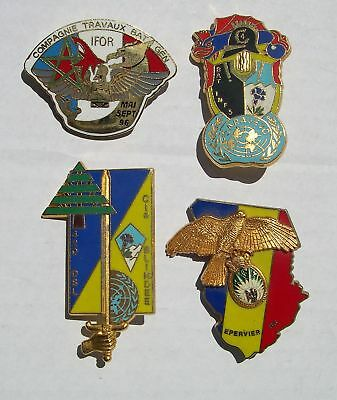 LOT 4 INSIGNES  dont ifor / sarajevo / liban / tchad    LOT à VOIR