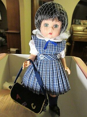 2002 Madame Alexander WENDY OFF TO CLASS Doll # 35645 in Box