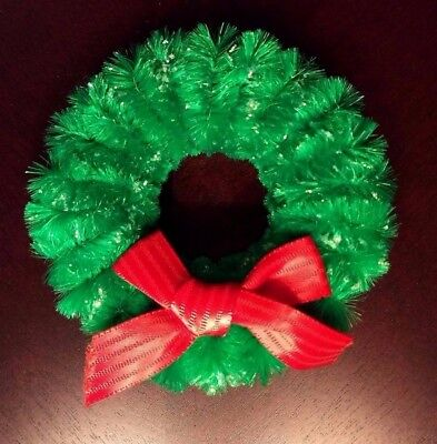 Vintage Green Chenille Pipe Cleaner Christmas Wreath Ornament