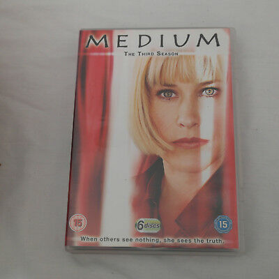 DVD Medium - Series 3 - Complete (DVD, 2009, 6-Disc Set, Box Set)