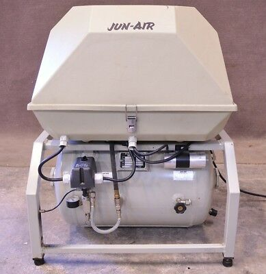 Jun-Air Quiet Air Compressor Model 2000 Junair Dental 220V 2000-40PD2