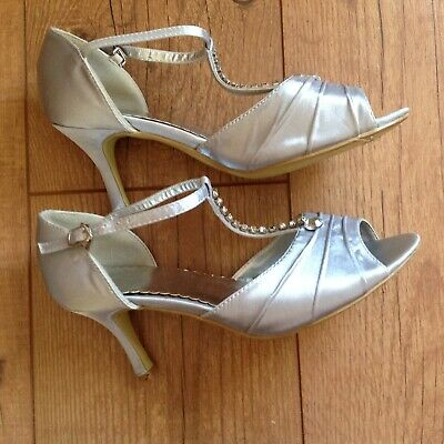 Silver grey open toe dance shoes .....Size 4