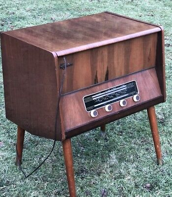 Superb Walnut Art Deco Ferguson Radiogram Working Order
