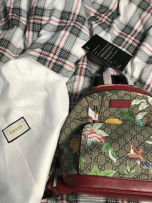 b8c35807cd14 Gucci XL GG Floral Print Backpack Bag Leather Spring Embroidery Bird Italy  New