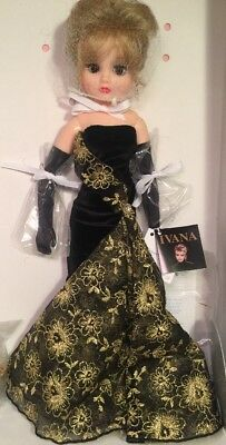 """Beautiful Madame Alexander Ivana Trump Doll 17"""" The Couture Collection 2000"""