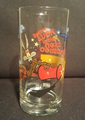 IXL 2000 Road Runner Wile E Coyote Limited Edition Looney Tunes Glass Tumbler