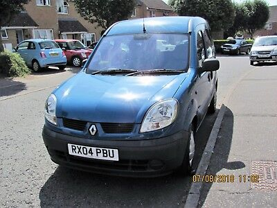 Renault Kangoo wheelchair accessible vehicle. Automatic 1.6 Litre petrol engine