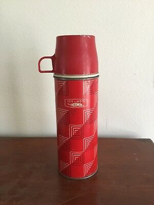Vintage American Thermos Bottle Co red w/black And White geometric Design