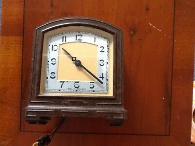 30s / 40s Vintage Art Deco Smiths Bakelite Alarm Electric Clock