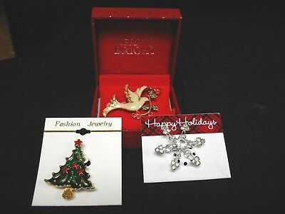 Lot Of 3 New Christmas Pins Still On Cards, One in Original Box Previously Owned