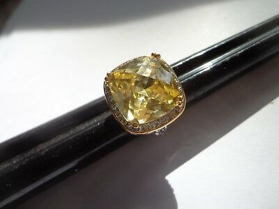 Vintage 90's Yellow Cz High End Ring Size 4 Tons Of Bling!