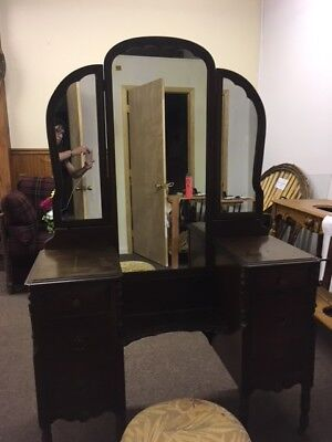 Antique Vanity Dressing Table with Bio-Fold Mirrors and Drawers