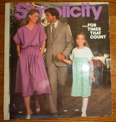 Vintage 1979 SIMPLICITY Sewing Pattern COUNTER CATALOG BOOK~HOLLY'S HARP ETC !!