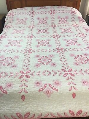 OMG GORGEOUS VINTAGE Handmade Cross Stitch QUILT Heavily Hand Quilted