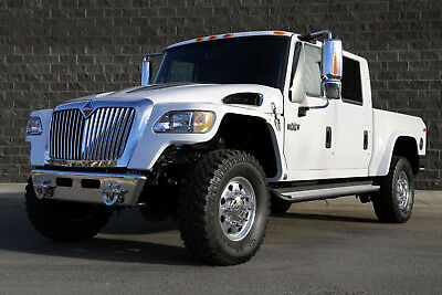 2008 International Harvester MXT 4X4 NAVISTAR MVU 17,900 MILES \ 455 ENGINE HOURS \ FACTORY ORIGINAL & UNMODIFIED SPOTLESS HISTORY