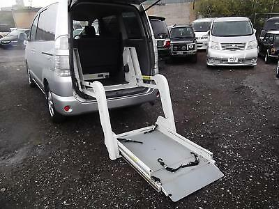 2006 Toyota Voxy 2.0 Auto 6 Seater Disabled Ramp Disabled Access Mpv