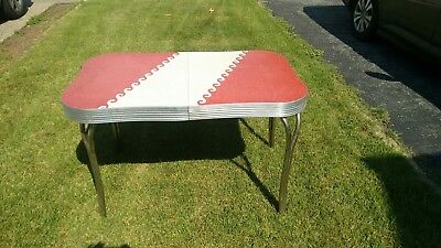 vintage 1950's  60's formica kitchen table diner style with chrome legs