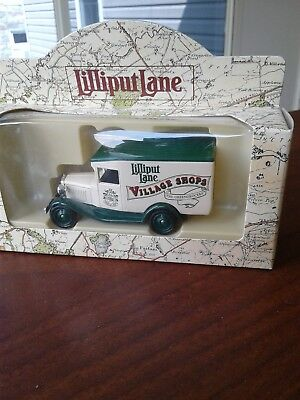 Lilliput Lane Village Shops Die Cast Green Grocers Delivery Truck in box