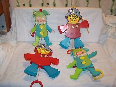 Vintage Fisher Price Jolly Jumping Jack # 145 & Scarecrow # 423 Lot 4 Crib Toy