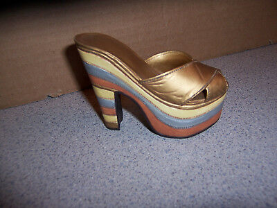 Just The Right Shoe Figurine Magnetic Allure Gold Slip On High Heel 1999 Raine