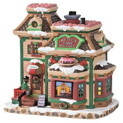 LEMAX Holiday House Village - BETTES CAKE BOUTIQUE Light Up