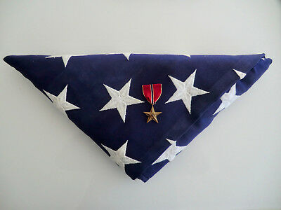 Orig Us Army Cocked Flag Gefaltete Flagge Vietnam Veteran + Orden Bronze Star