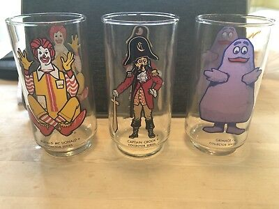 "NEW ! 1977 McDONALDS ACTION SERIES SET of 3 RONALD McDONALD GLASSES ""Excellent"""