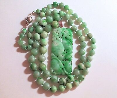 Antique Chinese 14K Gold Carved Apple Green Jadeite Jade Peach Pendant Necklace