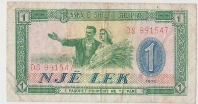 Banknote 1976 Albania 1 Leke showing farm workers at front, uncommon