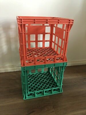 2 Plastic Green Orange Industrial Vintage Retro Milk Bottle Crates Side Tables